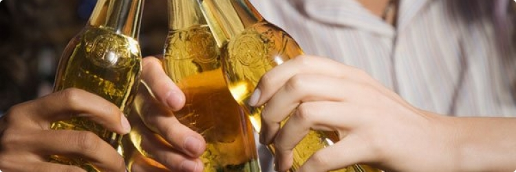 Польза алкоголя: реальность или миф?