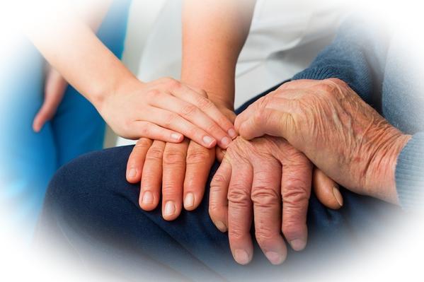 Пансионат для пожилых: что входит в услуги, условия проживания