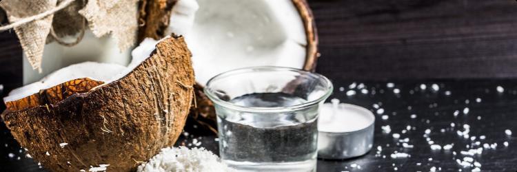 Плоды кокоса для ухода за кожей лица