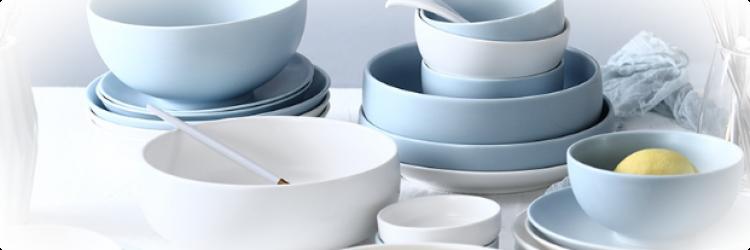 Современная посуда для кухни
