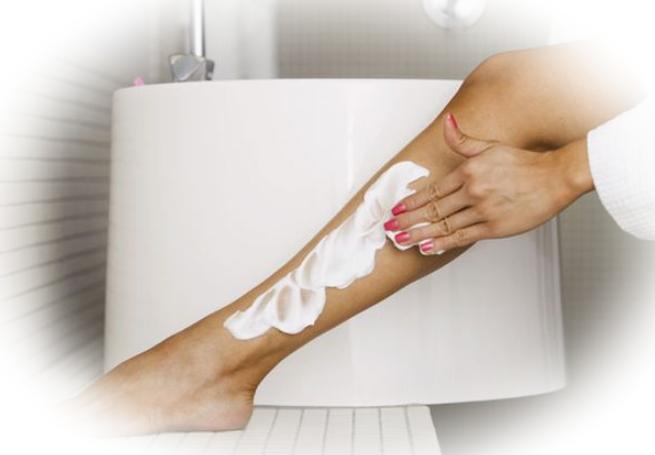 Популярные практические методы обесцвечивания волос на ногах
