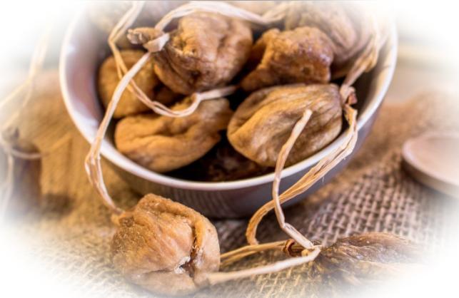 Инжир сушеный: польза и вред для мужчин и женщин